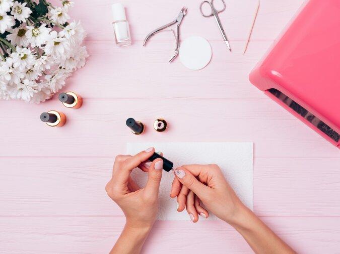"""""""Besser als im Salon"""": eine Spezialistin erzählte, wie man die perfekte Maniküre zu Hause macht"""
