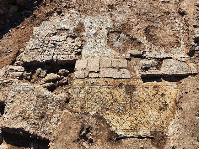"""""""Relikt des Christentums"""": Archäologen entdeckten eine Gedenktafel, mit der frühe Christen den """"bösen"""" Blick abwehrten"""
