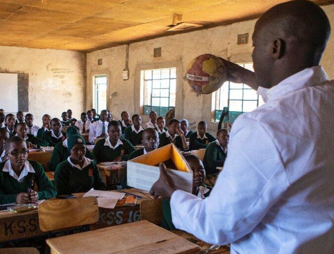 Lehrer auf eine Million: Die Geschichte des kenianischen Pädagogen Peter Tabichi