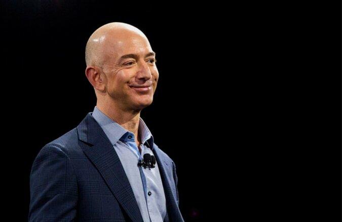 """Man nannte 16 Organisationen, die erste 800 Millionen US-Dollar von der Stiftung """"Bezos Earth Fund"""" erhalten werden"""