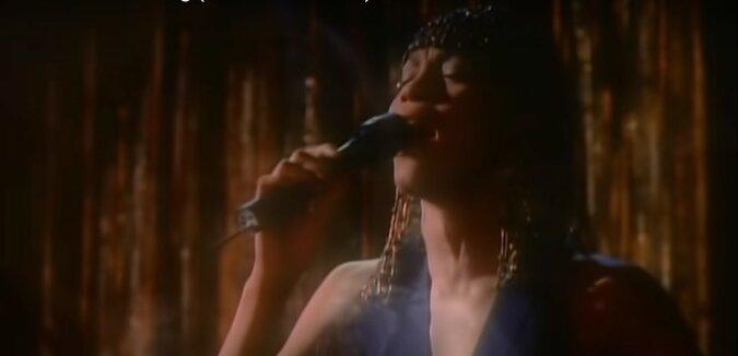 Whitney Houston. Quelle: Screenshot YouTube