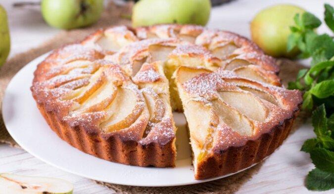 Saisonales Gericht: ein einfaches Rezept für einen aromatischen Birnenkuchen