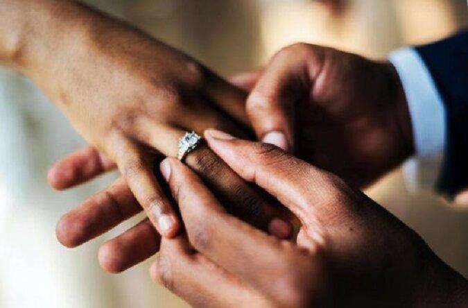 """""""Ein Heiratsantrag mit einem Tropfen Bitterkeit"""": Der Verlobungsring verursachte die Trennung"""