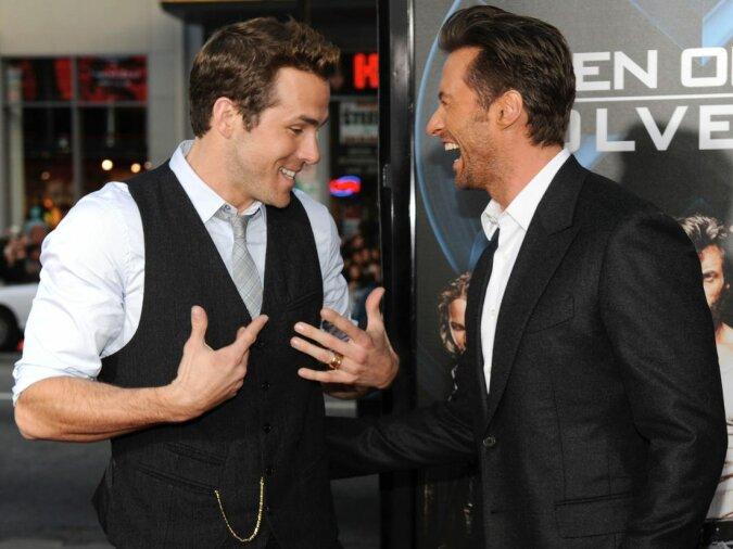 Hugh Jackman und Ryan Reynolds haben sich in sozialen Netzwerken über einander lustig gemacht und Fans zum Lachen gebracht