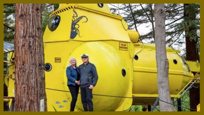 Keith Lovelock mit seiner Frau und seinem U-Boot.