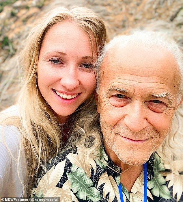 Altersgrenze: Eine junge Frau erzählte, warum sie