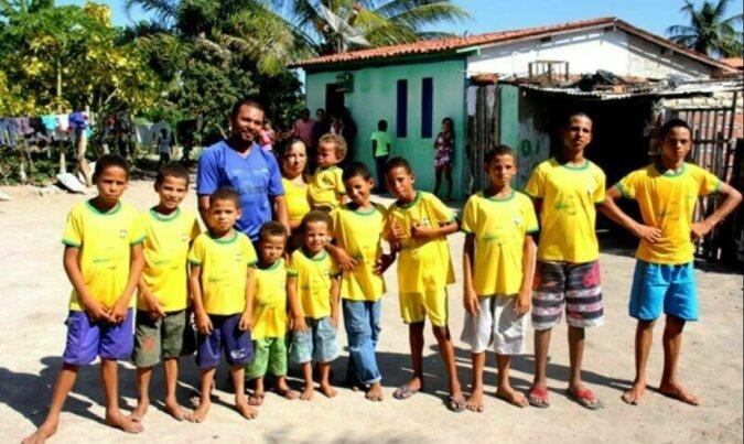 Familie mit 13 Söhnen. Quelle: travelask