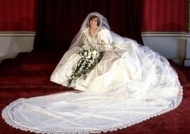 """""""Kleid der Ära"""": Ehemalige Ehepartner, die Prinzessin Dianas Hochzeitskleidung geschaffen haben, streiten sich über das Recht auf Skizzen"""