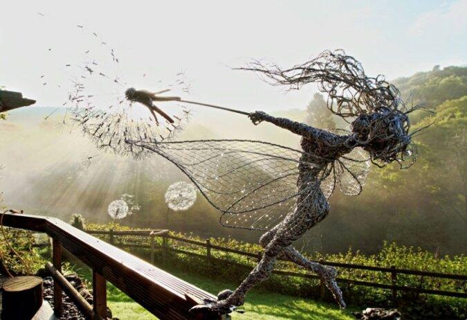 """""""Mit eigenen Händen geschaffene Schönheit"""": Ein Mann macht Skulpturen aus Metalldraht"""