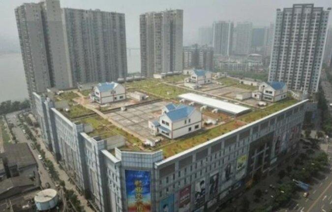 """""""Kein typischer Ansatz"""": In China werden Privathäuser auf den Dächern von Wolkenkratzern gebaut"""