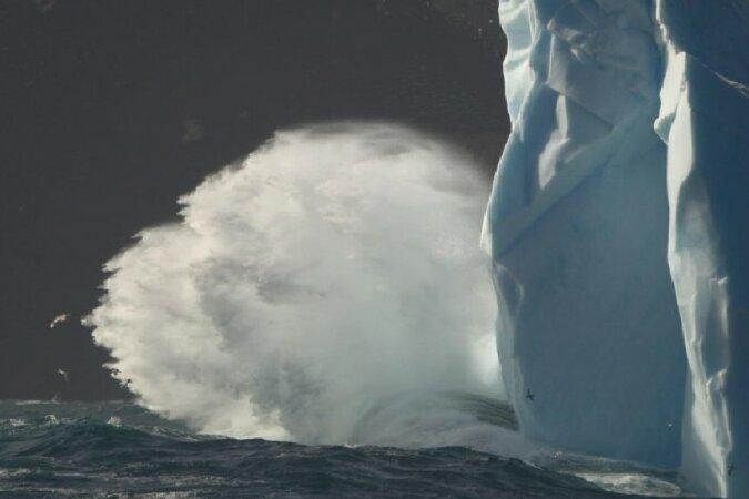 """""""Kraft der Natur"""": Riesige Wellen, die Menschen erlebt haben"""