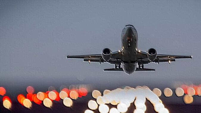 Das Flugzeug. Quelle: tourwebring
