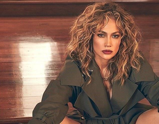 Immer noch eine Diva: Die 51-jährige Jennifer Lopez hat mit toller Figur geprahlt