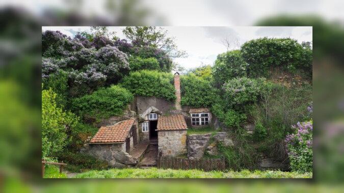 Ein Haus in dem Berg. Quelle: travelask