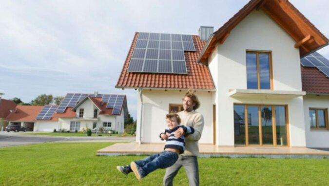 In Deutschland stiegen die Immobilienpreise erneut: ob Deutsche mit mittlerem Einkommen sich leisten können, ein Haus zu kaufen