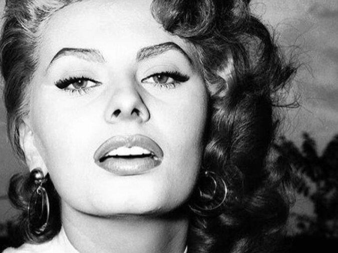 """""""Zweifel und Unsicherheit"""": Die Hollywood-Legende Sophia Loren teilte ihre Gefühle über die ersten Jahre ihrer Karriere"""