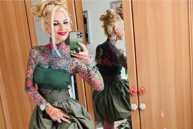 """""""Tätowierung als Ausdrucksform"""": Die Frau ließ ihren ganzen Körper tätowieren"""