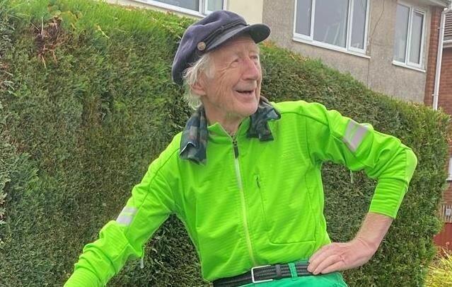"""""""Doppelte Aufzeichnung"""": Mann wiederholt seinen Fahrradrekord, da man ihn bezweifelt hat"""