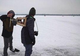 """""""Karlsson auf Eis"""": Der Mann baute einen speziellen Propeller für das Fahren auf einem gefrorenen Fluss"""