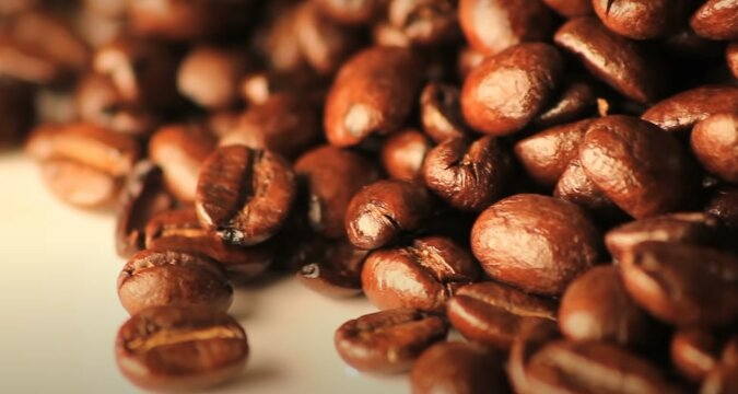 Kaffeebohnen. Quelle: Screenshot YouTube