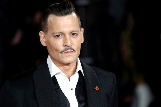 """""""Verdorbener Ruf"""": Johnny Depp erhält von der Filmfirma das volle Gehalt und eine Entschädigung für seine Entlassung, Details"""
