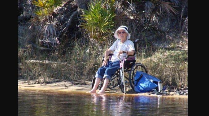 Um das Leben zu genießen: Eine 90-jährige Amerikanerin machte eine Reise statt einer Behandlung