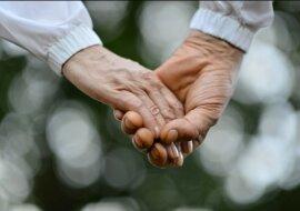 Erste Liebe vergisst man nie: Ein Paar heiratet siebzig Jahre nach dem Kennenlernen