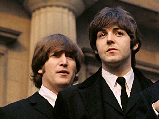 """""""40 Jahre später"""": Sir Paul McCartney erinnert sich an John Lennon und seinen Einfluss auf seine Arbeit"""