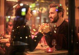"""""""Liebe im Internet"""": Forscher erzählten darüber, wie man dank Dating-Apps einen Seelenverwandten finden kann"""