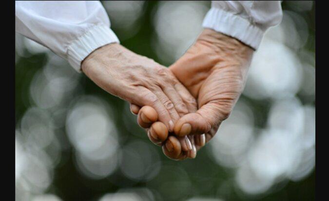 Erste Liebe vergisst man nie: Ein Paar heiratet siebzig Jahre nach der Bekanntschaft