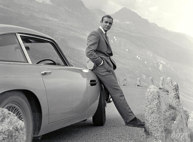 """""""Im Stil von Agent-007"""": Die Wohnung des berühmtesten James Bond Sir Sean Connery wurde für zwei Millionen Euro zum Verkauf angeboten"""