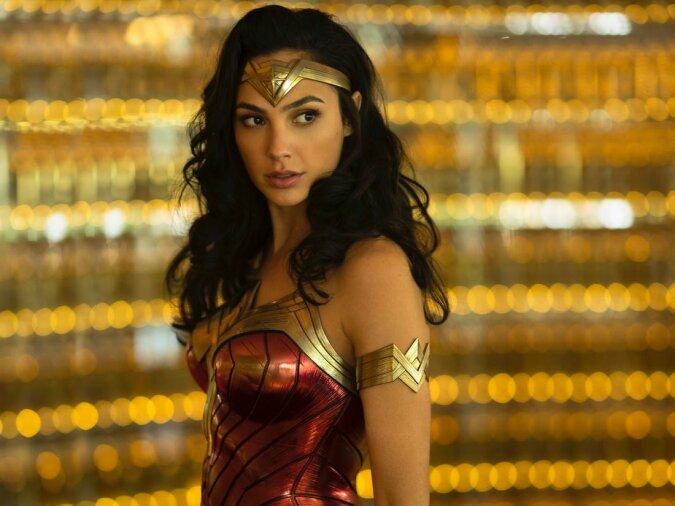 """""""Wonder Woman - Wonder Frau"""": Gal Gadot hat ihrem Mann zärtlich zum Hochzeitstag gratuliert"""