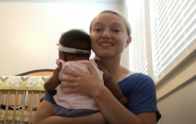 Familie adoptierte einen kleinen Jungen: Sechs Jahre später erhielt sie einen Anruf mit der Bitte, seine Schwester zu adoptieren