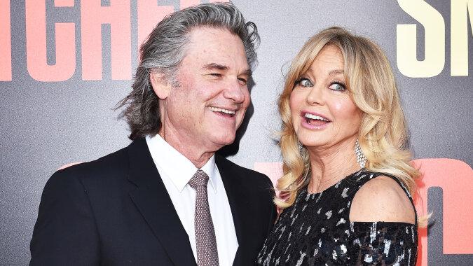 """""""Immer noch wie Jungvermählten"""": Hollywoodstar Goldie Hawn erzählt, wie sie und ihr Mann Kurt Russell sich auf Weihnachten vorbereiten"""