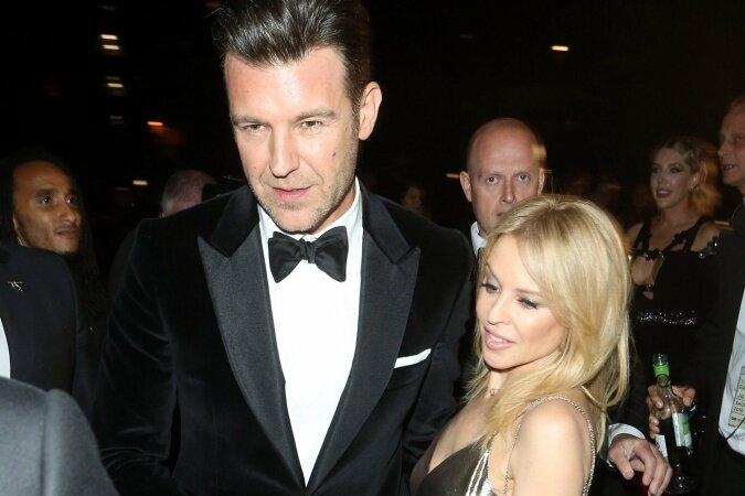 """""""Der ideale Bräutigam"""": Sängerin Kylie Minogue erzählte, wie ihr Geliebter ihre 100-jährige Großmutter bezauberte"""