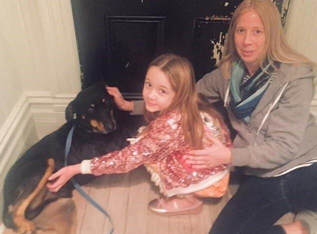 """""""Neues Haus"""": nach keinen leichten Abenteuern und dem Verlust einer Pfote fand der Hund eine neue Familie"""