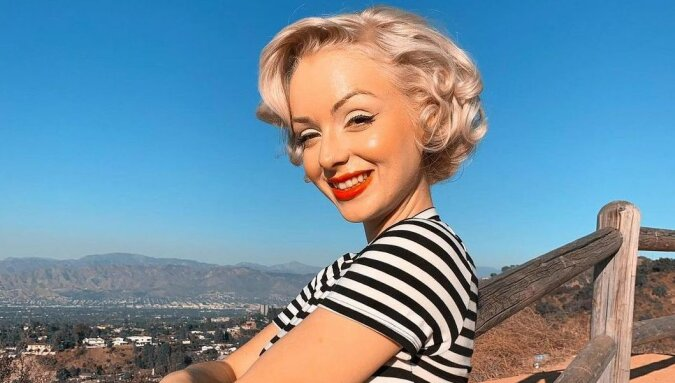"""""""Britische Marilyn"""": Eine Frau, das wie eine legendäre Schauspielerin aussieht, lebt in ihrem Haus und beschwert sich über Geister"""