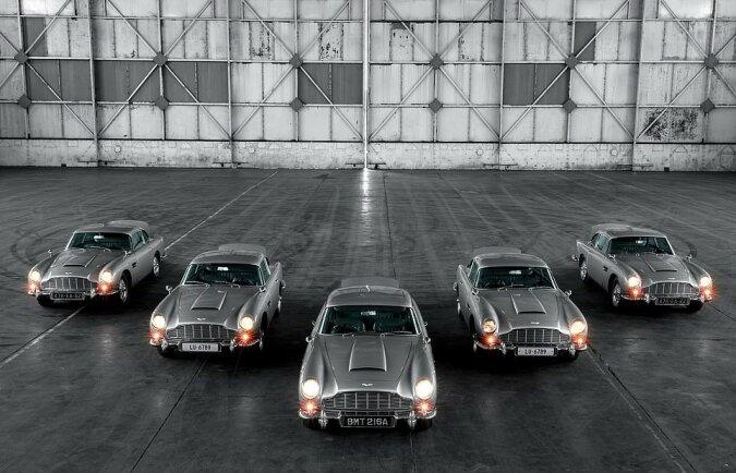 """""""James Bond Sammlung"""": fünf seltene Aston Martins im Wert von 3,5 Millionen Euro wurden erstmals gemeinsam der Öffentlichkeit vorgeführt"""