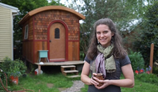 """""""Es gibt alles"""": Eine junge Frau, die in einem Ultra-winziges Haus lebt, zeigte, wie es drinnen aussieht"""