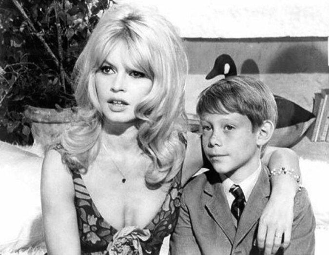 Wie sieht heute der 60-jährige Sohn von Brigitte Bardot aus, den sie aufgegeben hat