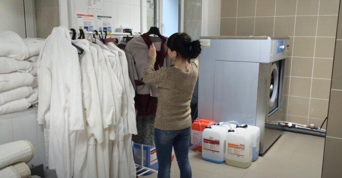 Von der Haushälterin zur Berühmtheit: Wie eine Frau dank ihren Putztipps populär wurde