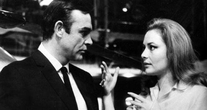 """""""Die Bond-Girls"""": Herzensdamen, Intrigantinnen und Schönheiten"""