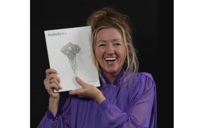 Vor 33 Jahren kaufte eine Britin auf einem Flohmarkt einen Ring: Sie hatte keine Ahnung, dass er 40 Millionen wert war