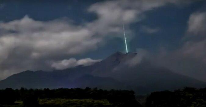 Meteor. Quelle: Screenshot YouTube