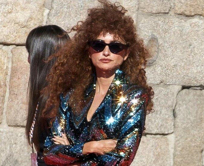 """""""Disco Queen"""": Die 46-jährige Schauspielerin Penelope Cruz probierte ein neues Image an"""