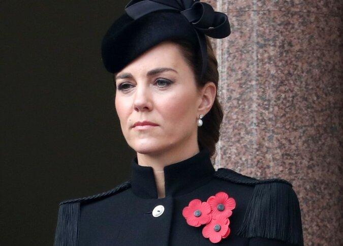 """""""Eine Hommage an Ihre Majestät"""": Kate Middleton trägt Schmucke, die sie von der Königin Elizabeth zum Geschenk bekommen hat"""